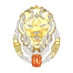 Chanel Joaillerie - Lion Solaire brooch. In white gold, citrine quartz, orange topaz, diamonds, yellow sapphires.
