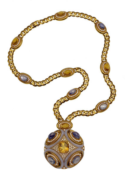 THE ART OF BULGARI: DOLCE VITA AND BEYOND Sautoir, ca. 1972  Gold with yellow and blue sapphires, agate, citrine, and diamonds