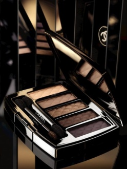 Chanel Nuit Infinie de Chanel Holiday Collection