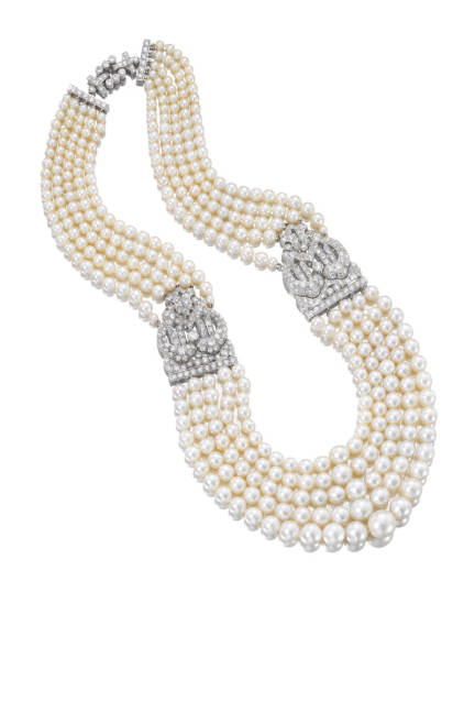 PEARLS Necklace, natural pearls from the Gulf with platinum and diamond clasps  1930s by Cartier