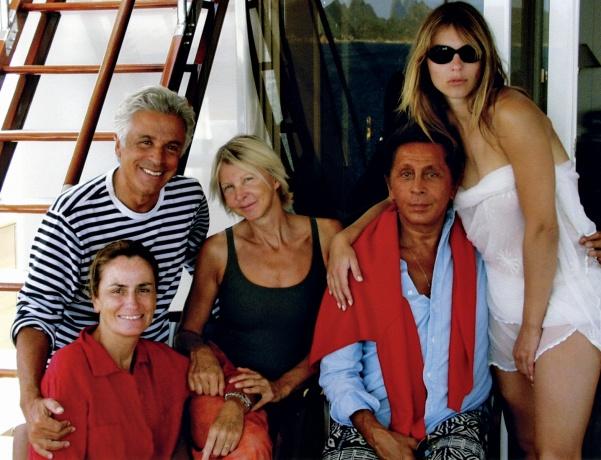 Giancarlo Giammetti, Georgina Brandolini, Marie-Christiane Marek, Valentino Garavani, and Elizabeth Hurley