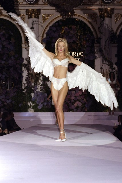 Karen Mulder wings it at the Victoria's Secret fashion show in 1998 at the Plaza Hotel.