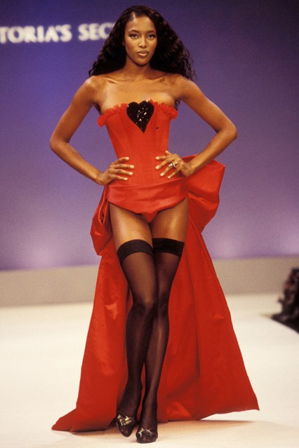 Naomi Campbell reminds us what it means to be a supermodel on the catwalk in 1997.