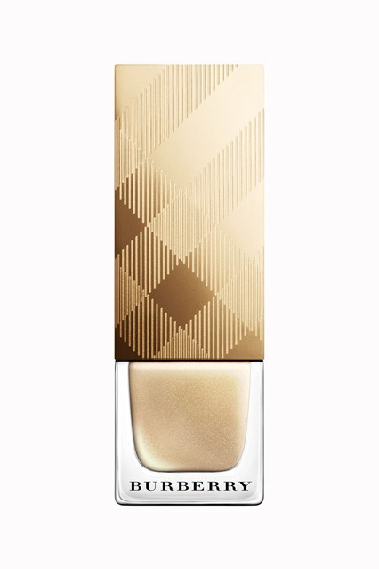 NAIL POLISH – LIGHT GOLD NO.107 , £15.00 Formulated with patent-pending technology, Burberry Nail Polish has a protective and long-lasting high-gloss finish with accelerated drying and hardening times. The formula contains strengthening and moisturising elements, including anti-oxidant pro-vitamin B5 and myrrh extract, to help protect and care for nails and prevent breakages. Effortless application is guaranteed with a high-precision rounded-end brush design.
