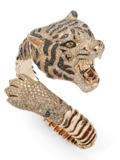 Roberto Coin Siberian Tiger rose gold bracelet with black and chestnut-colored diamonds. Price on request.