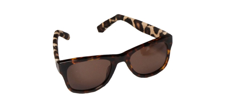 Burberry Prorsum  Acetate sunglasses with leather arms in leopard print, €280