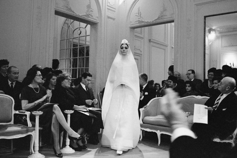 Inside Dior Glamour- Hyménée wedding dress