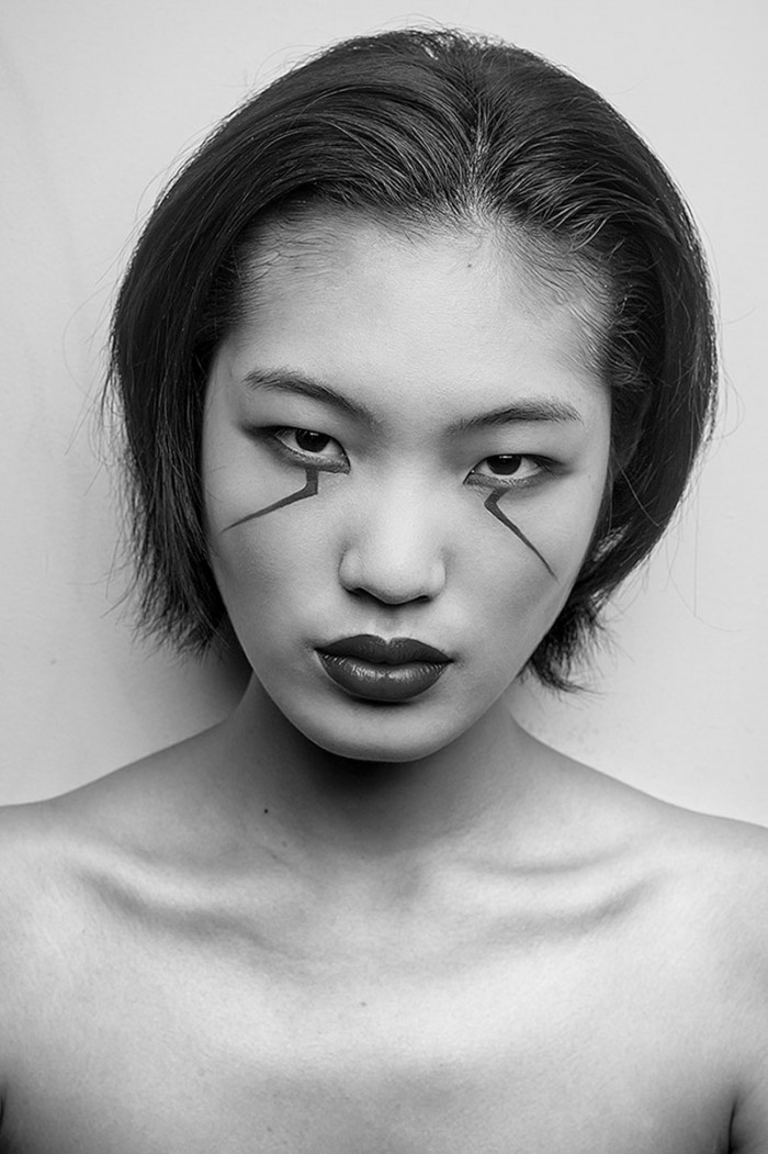 Chiharu Okunugi - Professional Japanese supermodel. She was discovered when she was on her way to school. She has walked in fashion shows for names such as Prada, Balenciaga, Miu Miu, Steffie Christiaens, Chanel, Agnes B., Hermès, Moncler Gamme R/10(23).