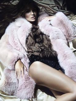 Carola Remer for Vogue Mexico December 2013-Pieles Para El Deseo