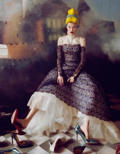 Dream Of The Dress-Harper's Bazaar China December 2013 Issue