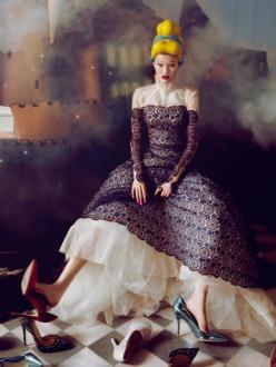 Dream Of The Dress-Harper's Bazaar China December 2013 Issue