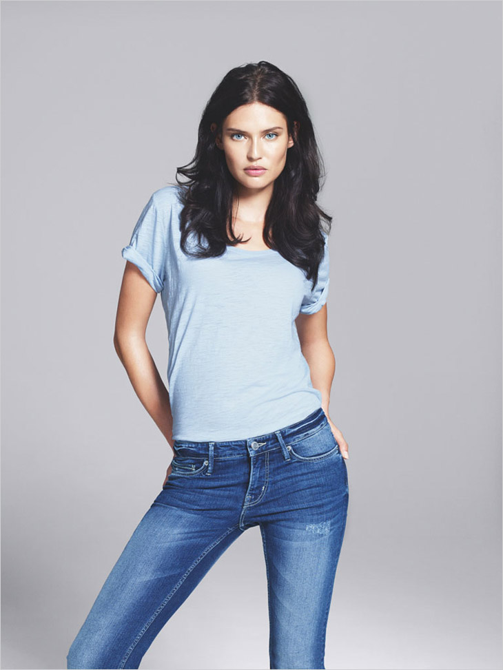 H&M Launches Denim Line Made Of Used Clothing