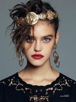 Daria Pleggenkuhle for Elle Mexico February 2014 - Queen