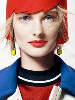 Patricia Van der Vliet by Tony Kim for Vogue Mexico