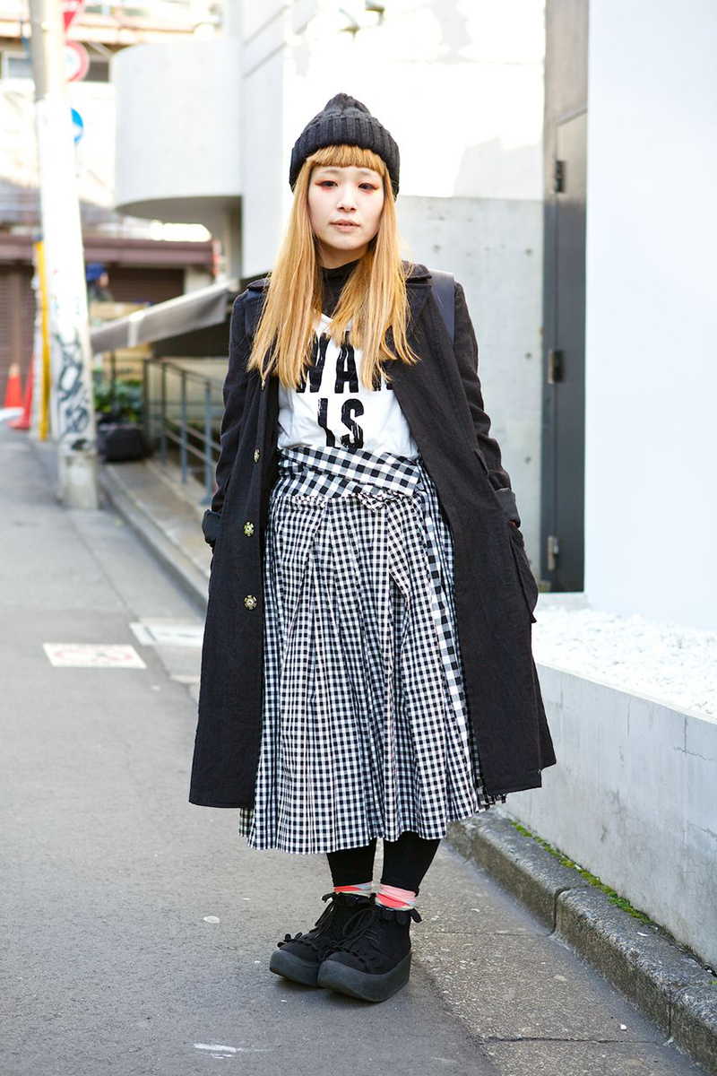 Street Style At Tokyo Fashion Week A Stairway To Fashion