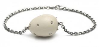 Large Egg bracelet € 715,00