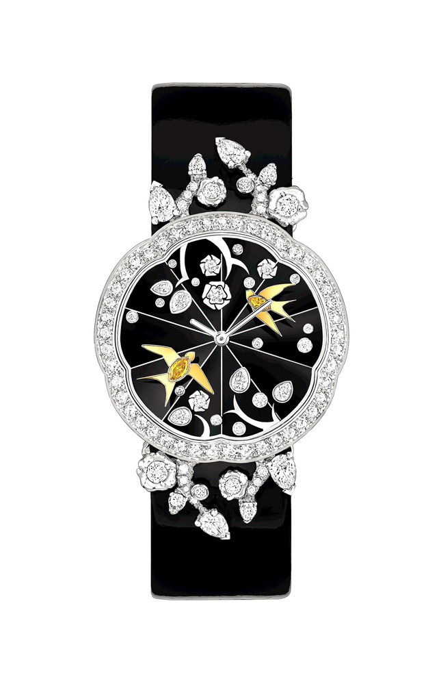 Camélia watch in white and yellow gold and diamonds