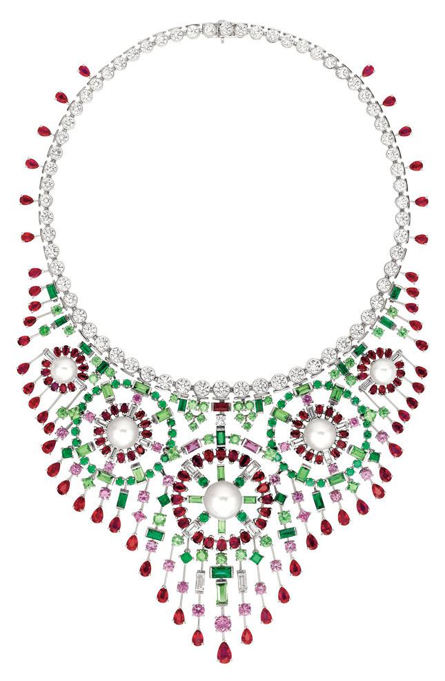 «Mosaïque» necklace, white gold, diamonds, rubies, emeralds, tsavorite, sapphires, pearls